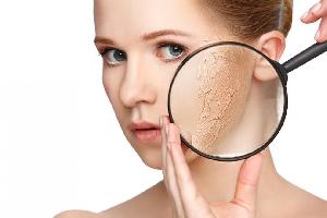Các bước chăm sóc da khô hàng ngày
