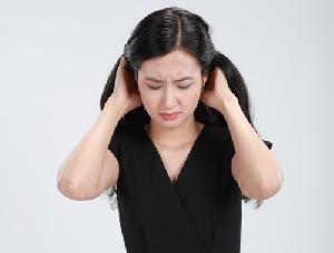 Mẹo giúp da đầu hết khô và nhiều gàu trong mùa đông lạnh
