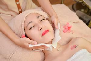 Những điều nên và không nên thực hiện khi chăm sóc da mặt đón Tết